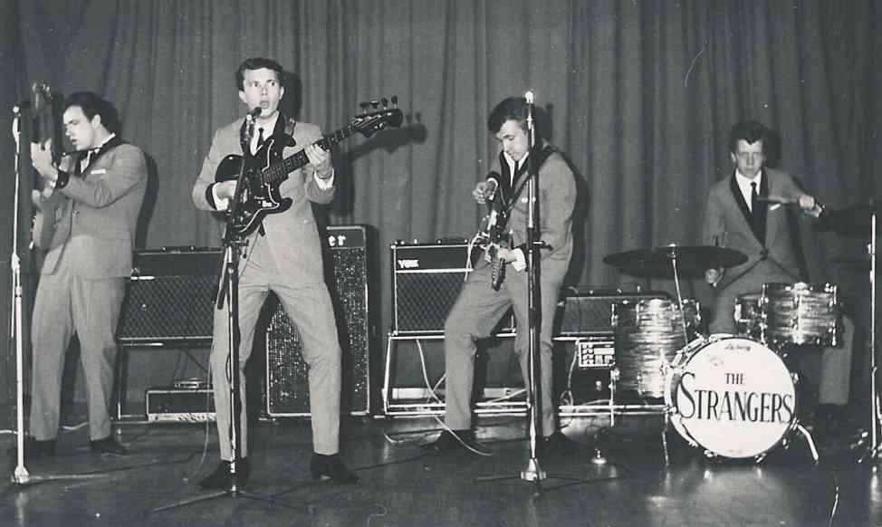 The Strangers in 1966 in de Hit-Club